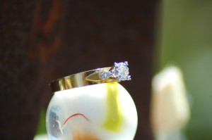 18 CT Ladies Gold and Diamond Ring - Water Find
